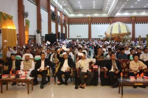 Muktamar-Khilafah-Gorontalo-Bersemangat-Sambut-Kembalinya-Khilafah-655x436
